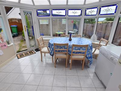DINING AREA/CONSERVATORY
